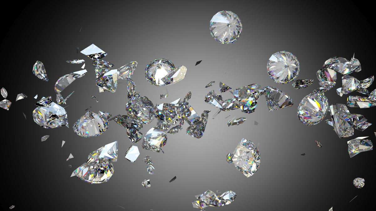 割れるダイヤモンド