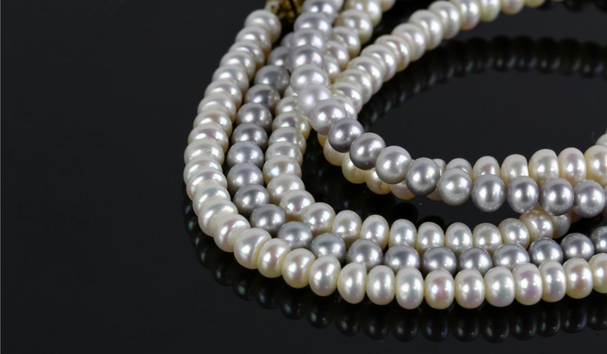真珠ネックレス2