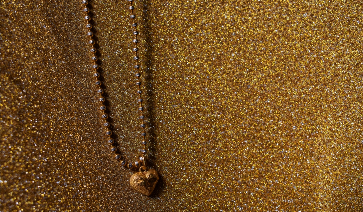 ゴールドネックレス
