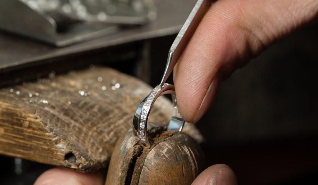 ダイヤモンドリング修理