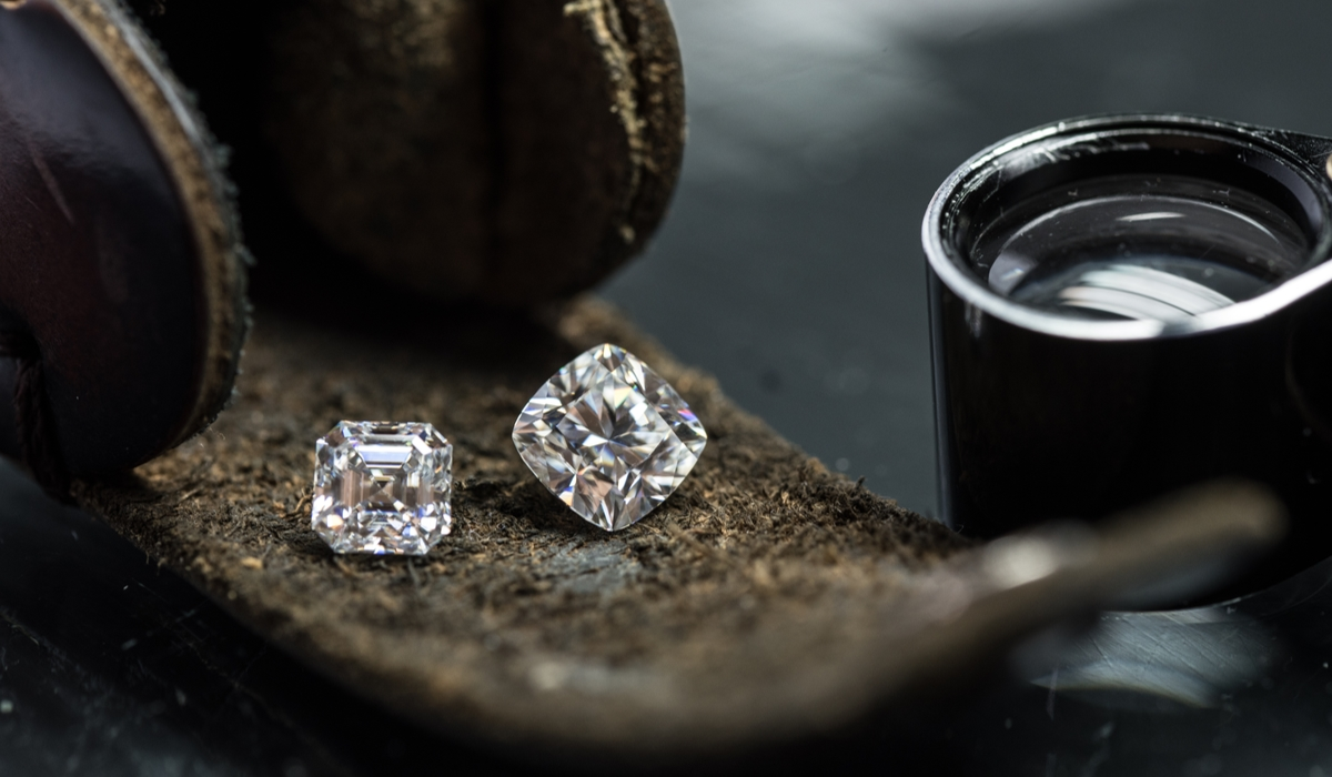 ダイヤモンド クッションカット