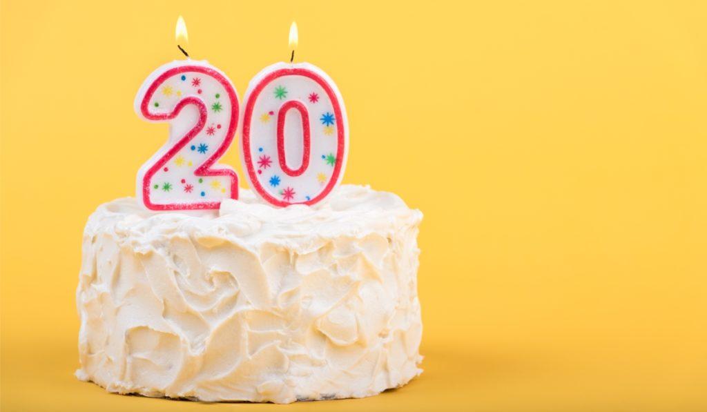 バースデーケーキ 20