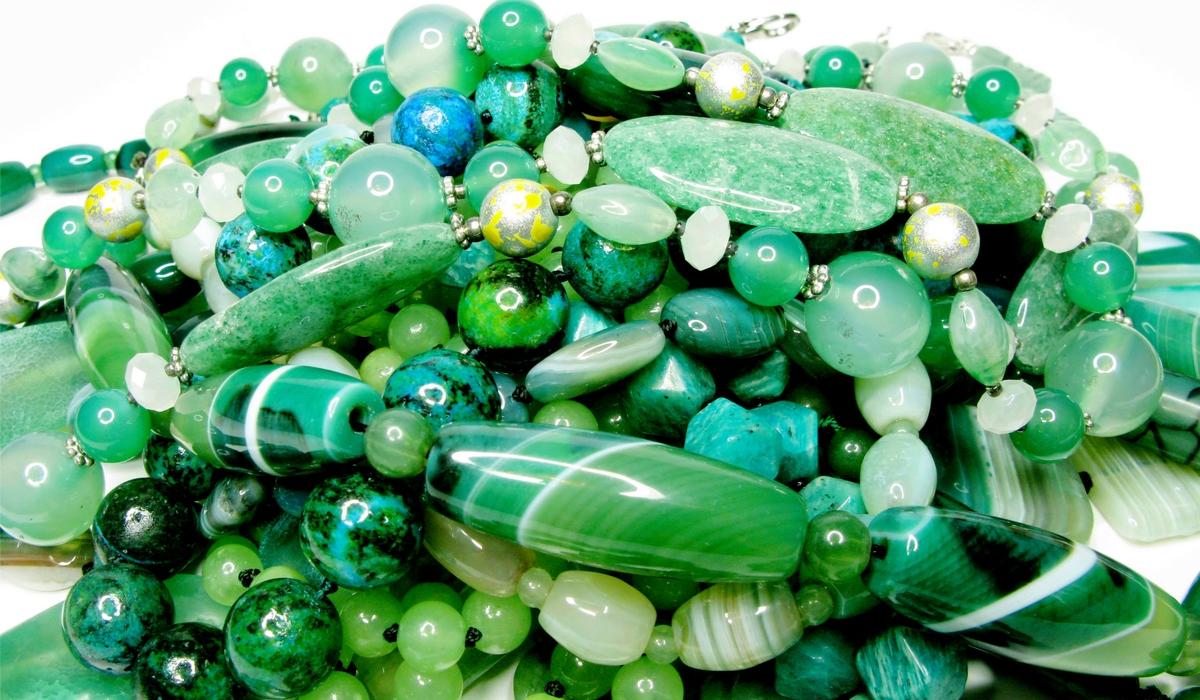 グリーンの宝石