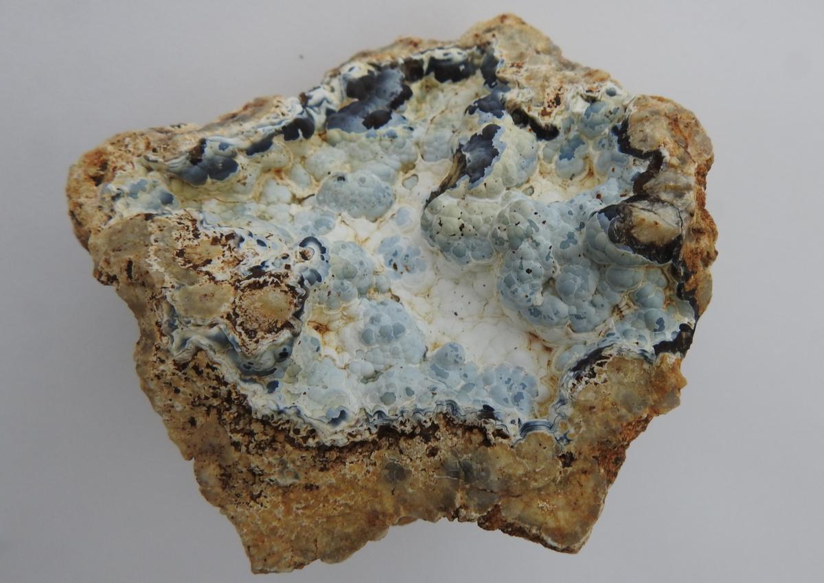 カルセドニー 鉱物