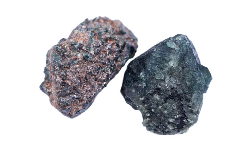 アレキサンドライト 原石