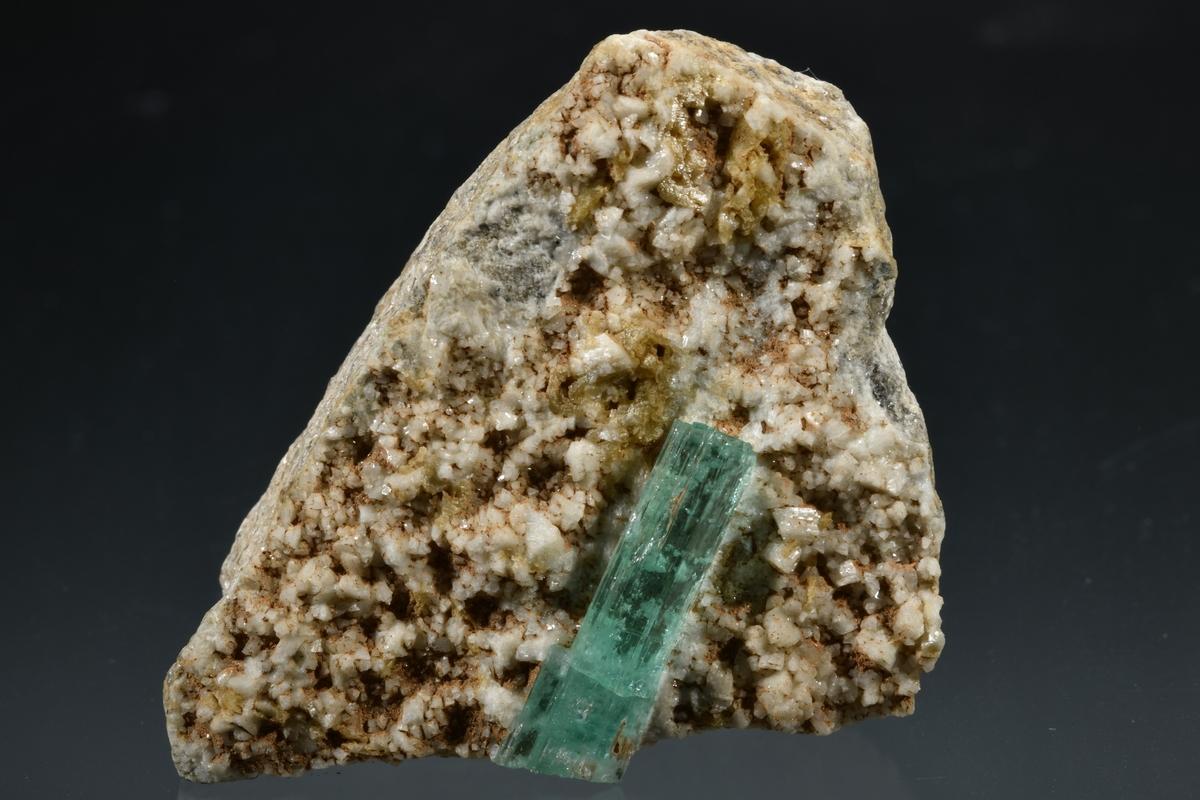ヒデナイト 原石