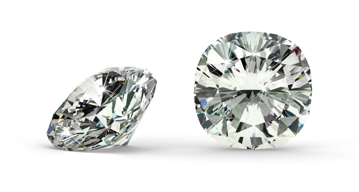 クッションカット ダイヤモンド