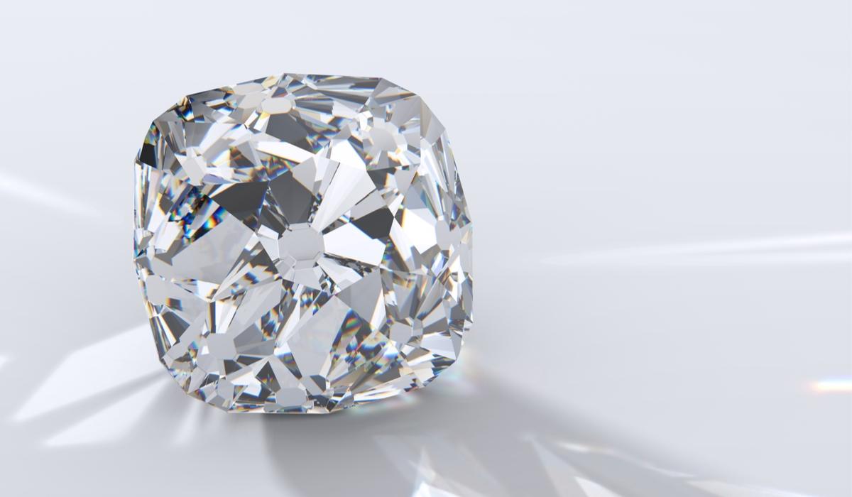 オールドクッションカット ダイヤモンド