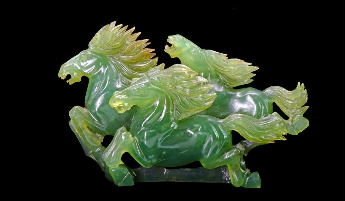 ネフライト 彫刻