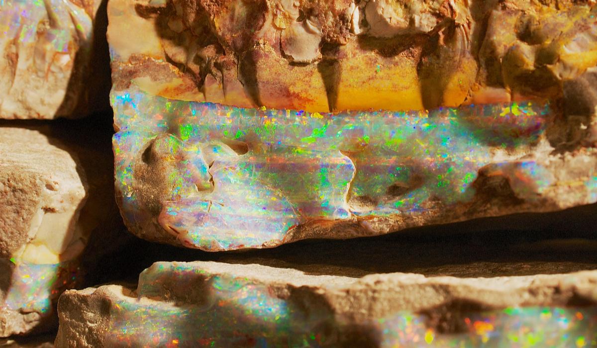 ボルダーオパール 原石