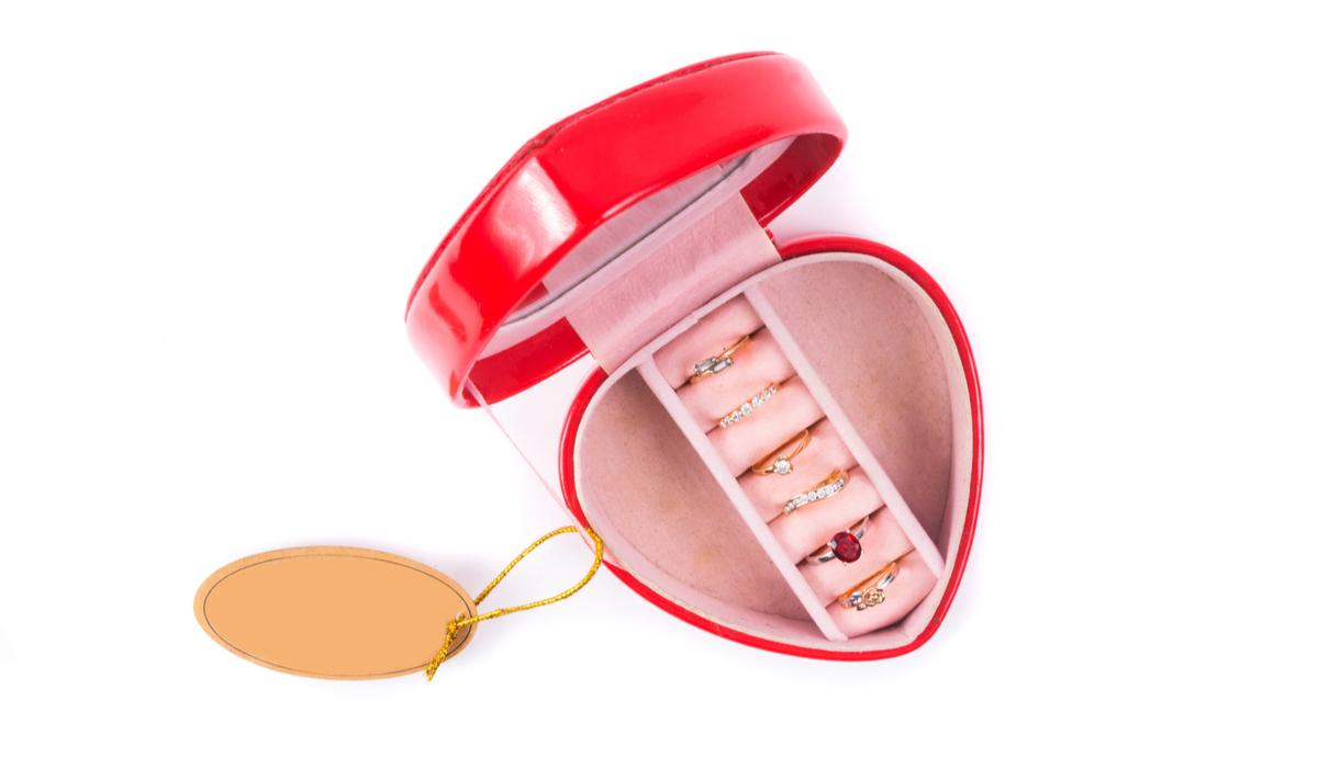 指輪 ジュエリーボックス