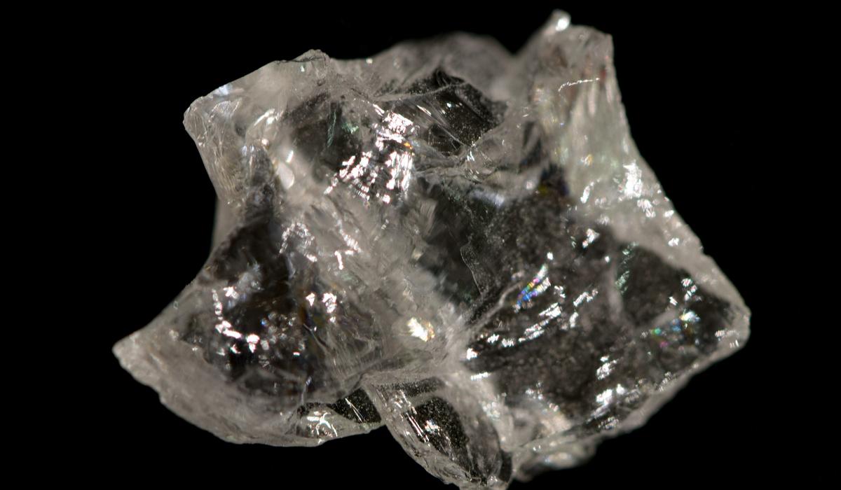 フェナカイト 原石
