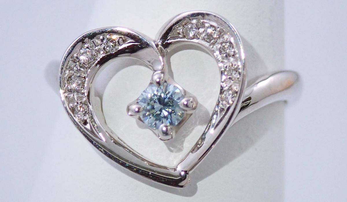 アイスブルーダイヤモンド リング
