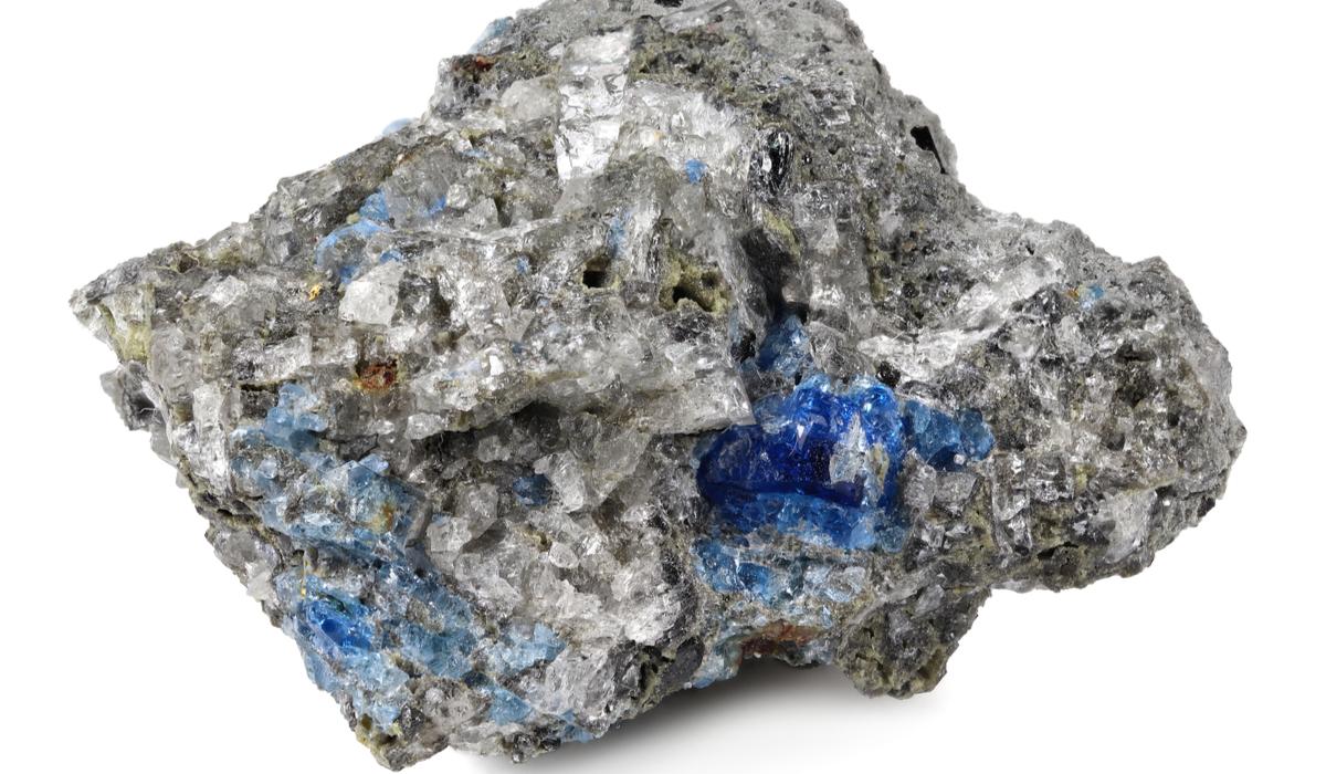 アウイナイト 原石